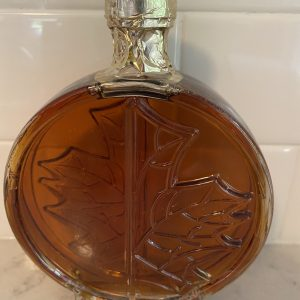 Maple Syrup - Round glass bottle with maple leaf imprint